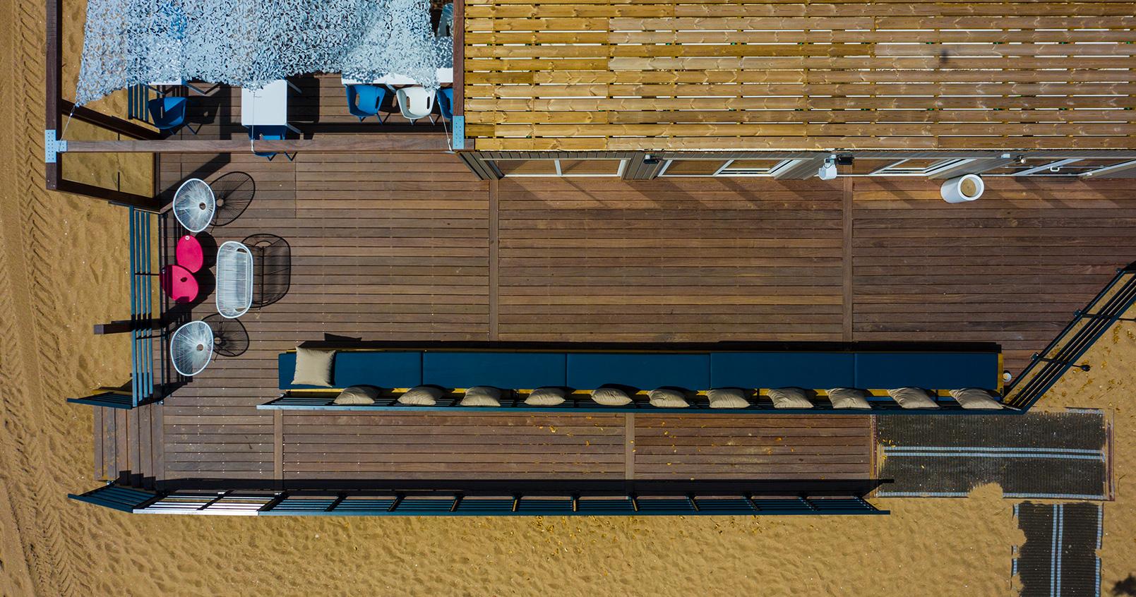 Vue aérienne du restaurant de plage La Barbade